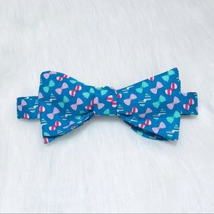 *HOLD* Patterned bow tie